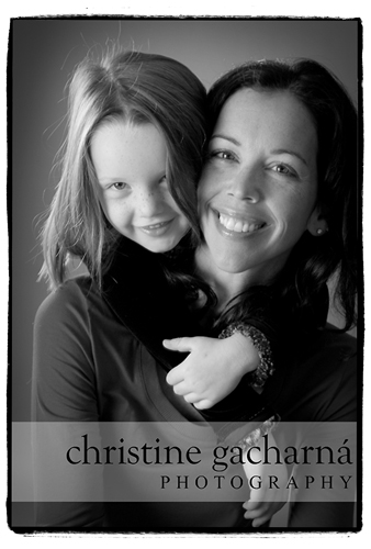 0037-portrait-of-olivia-and-mommy.jpg